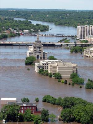 Flooding extreme Cedar Rapids floodplain